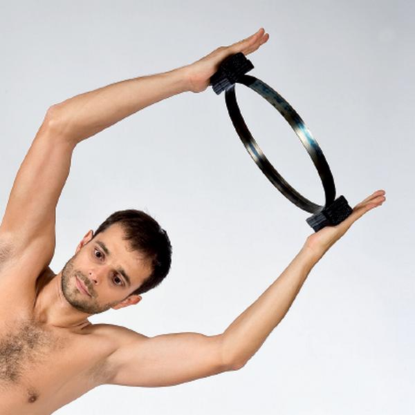 Pilates kruh na cvičení